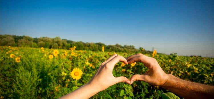 Why Summer Lovin' in the Great Outdoors Is So Hot